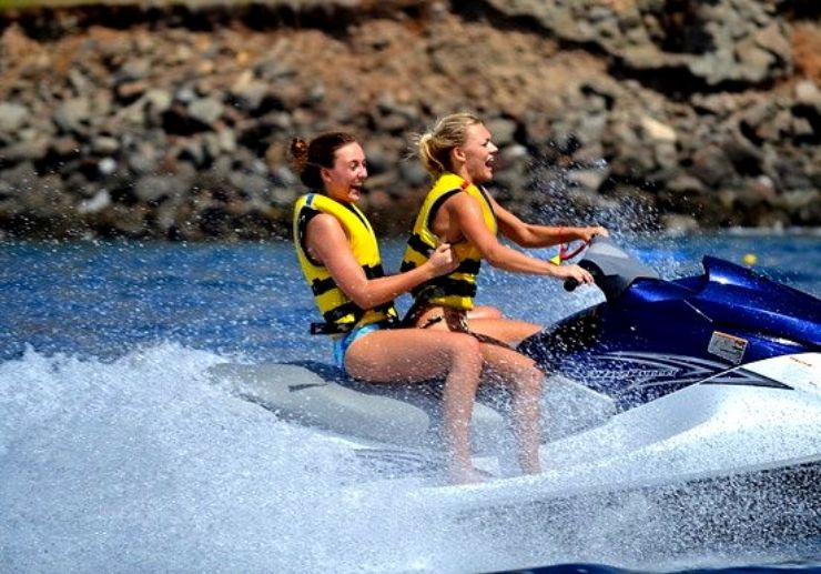 Fun ride through jetski circuit in Gran Canaria
