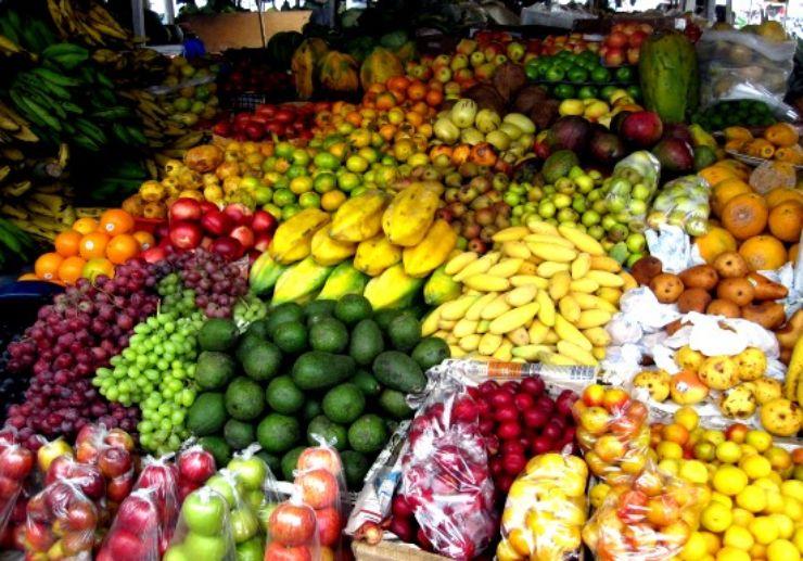 The Santo da Serra sunday market fair