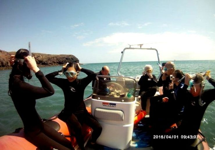 Snorkelling with a boat in Costa Calma