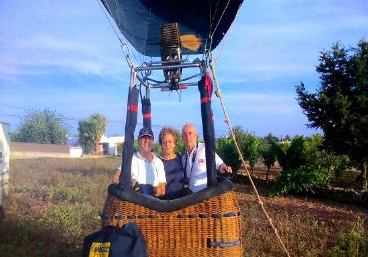 Hire a private hot air balloon tour in Ibiza