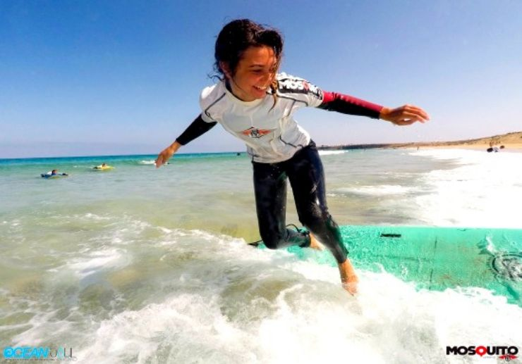 Fun surfing lessons Fuerteventura