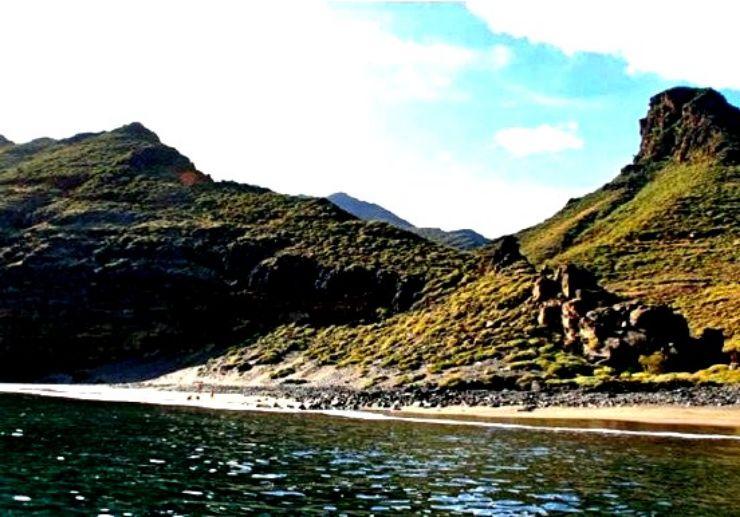 Water taxi Puerto Chico Roque Bermejo Anaga