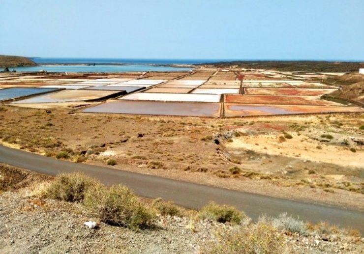 Visit Salt pan Janubo on polaris slingshot tour Lanzarote