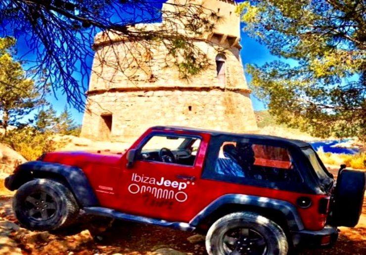 Sightseeing Ibiza jeep tour