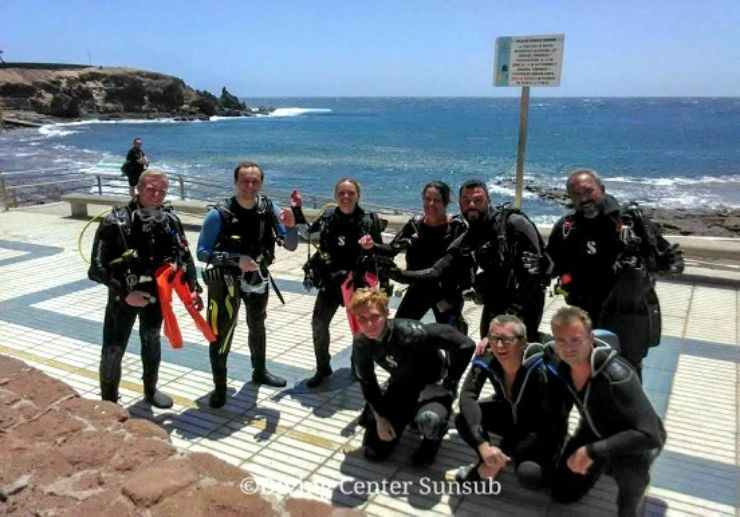gearing up for a dive Gran Canaria