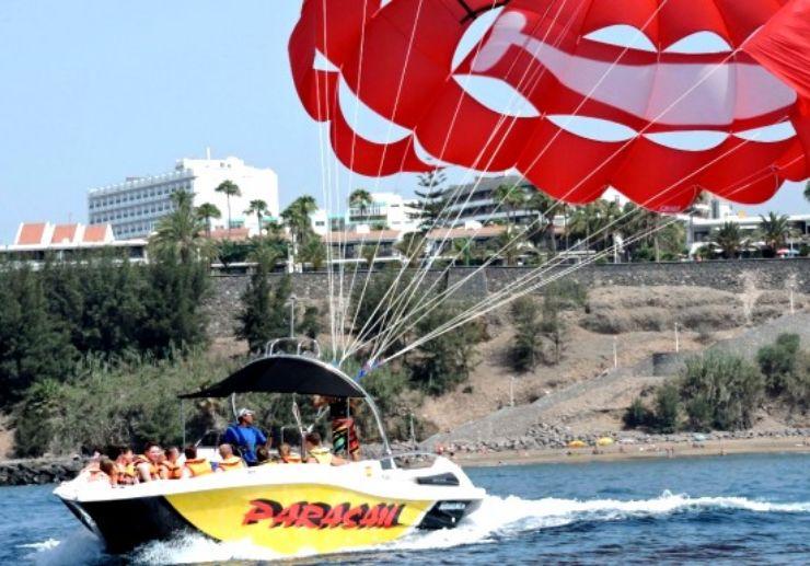 Gran Canaria parasailing