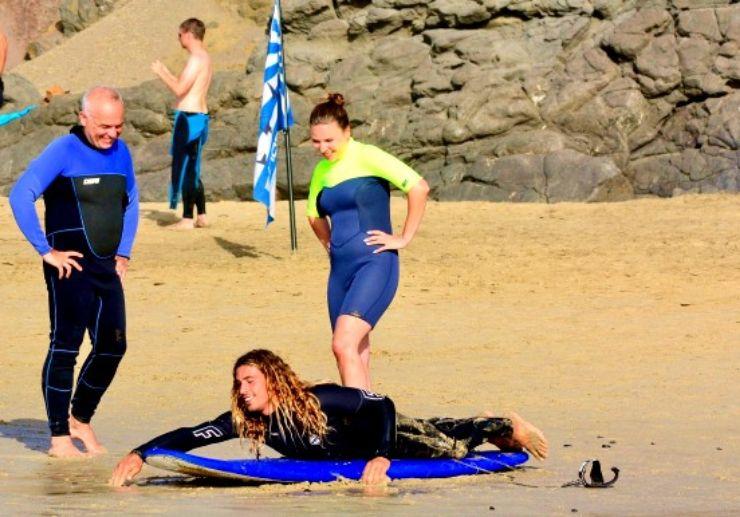 Learn surfing technique Fuerteventura