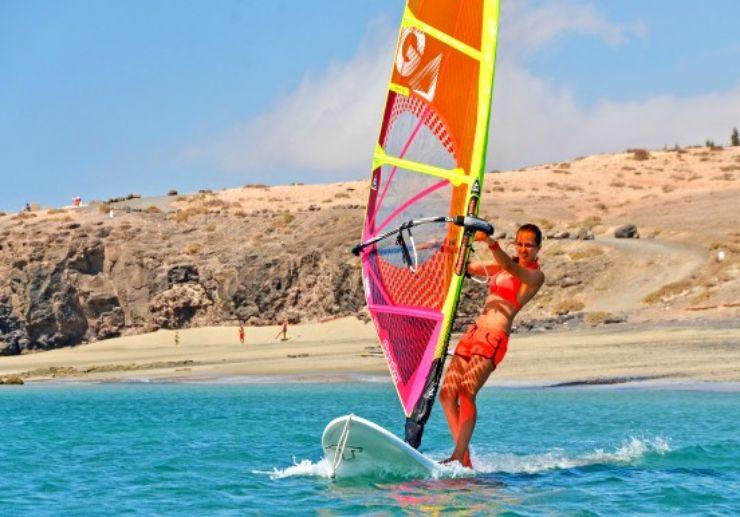 Learn windsurfing in Fuerteventura