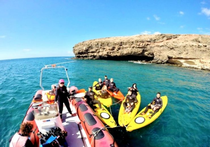 Kayak excursion with snorkel in Fuerteventura
