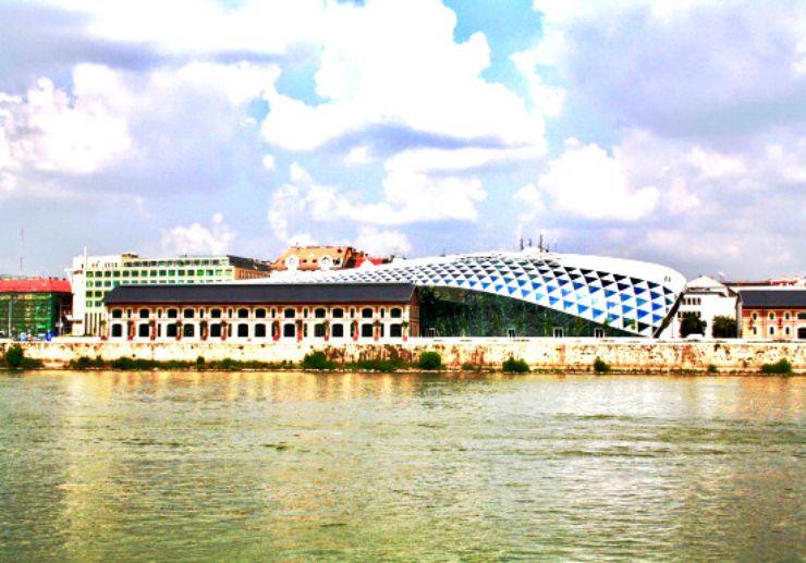 Danube river cruise sightseeing Budapest