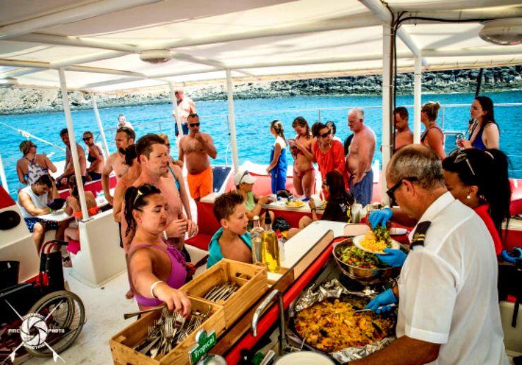 Fuerteventura catamaran sailing with delicious lunch