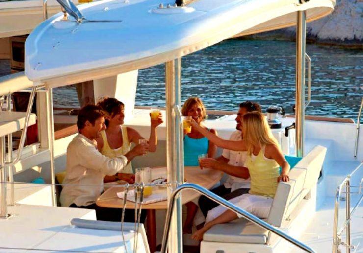 L400 Catamaran for special occassion in Fuerteventura