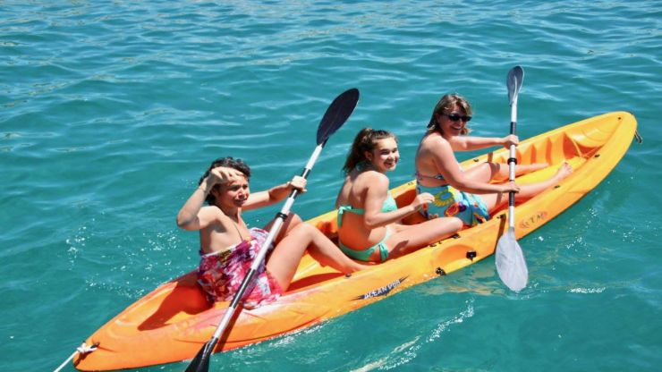 Morro Jable glass bottom boat with kayak activity