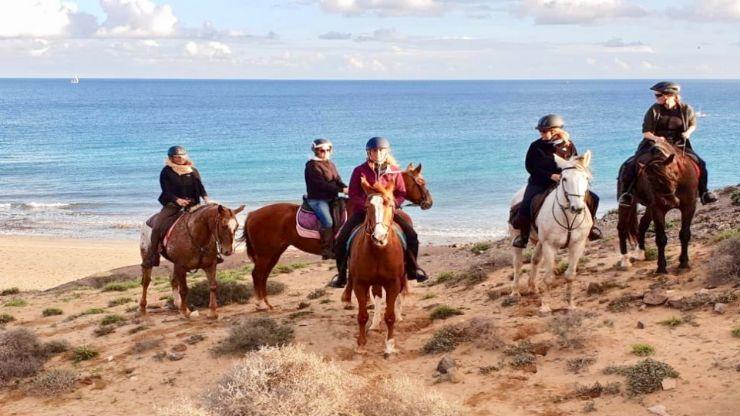 Papagayo horseback riding in Lanzarote