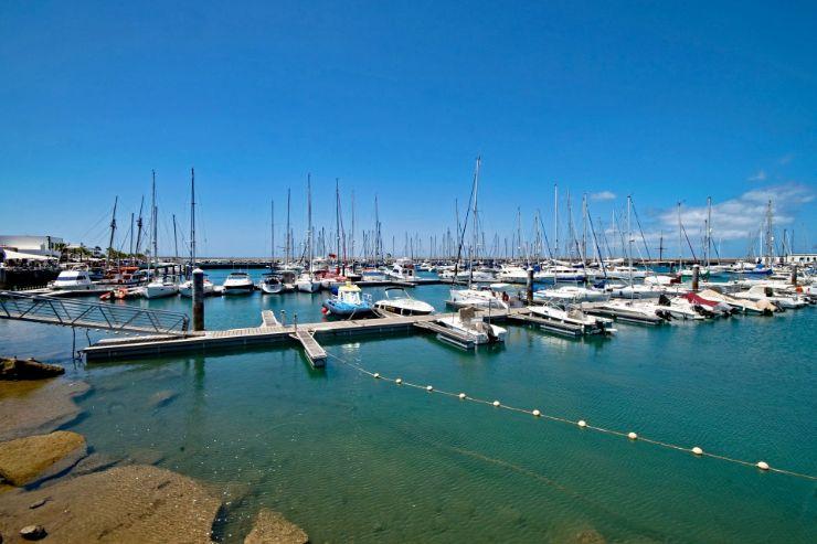 Marino Rubicon marine port near Playa Blanca